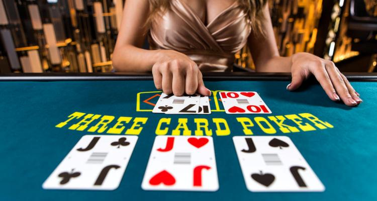 Playing Three Card Poker at a Online Casino