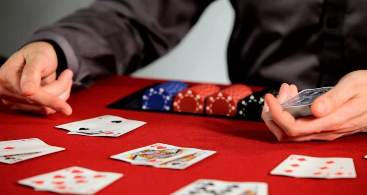How to Evaluate Poker Hands